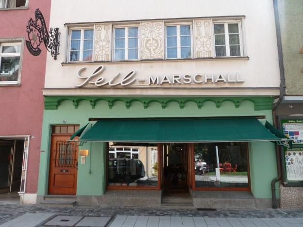 Seil-Marschall shop housefront