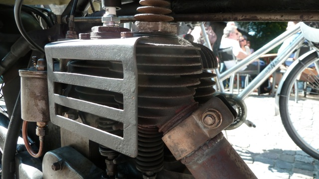 D-Rad R O/4 Motorbike engine view