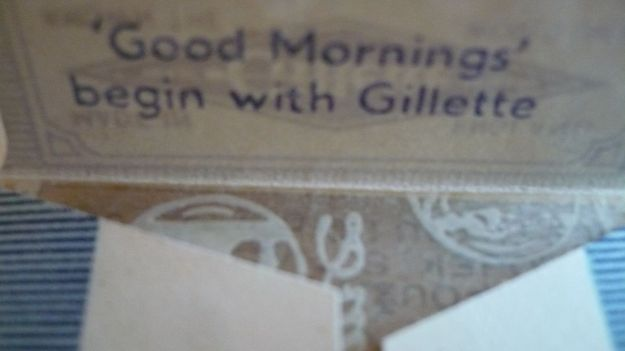 Good mornings with Gillette, blue, inside wrap