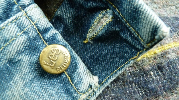 Lee Storm Rider denim jacket - cuffs outside with button