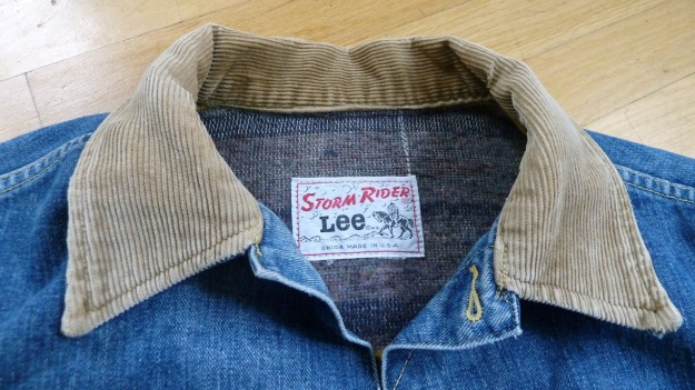 Lee Storm Rider denim jacket - front neck view