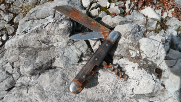 lost pocket knife massoptier thiers found it