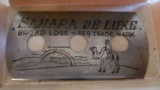 Sahara de Luxe razor blade