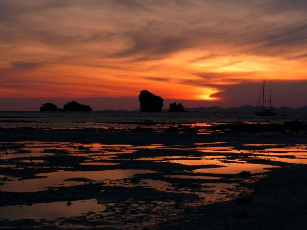 sunset in thailon on the chicken island