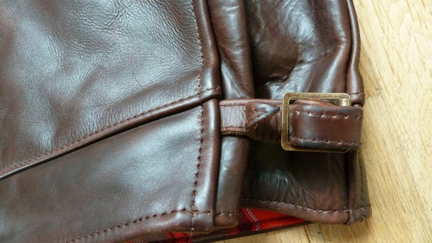 Aero Leather Highwayman Heavy Front Quarter Horsehide brown adjustment buckle