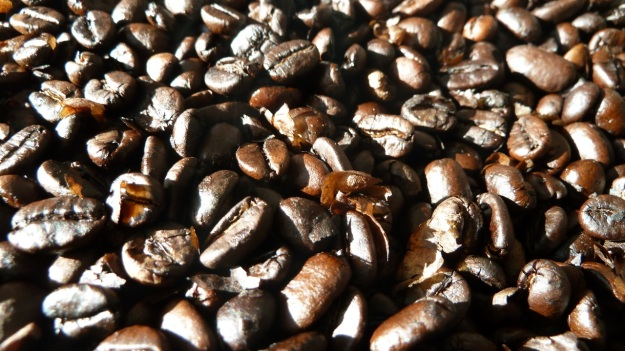 home coffee roasting with the whirley - beans nearly ready with the skin