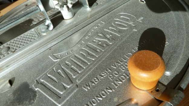 home coffee roasting with the whirley - the mechanism