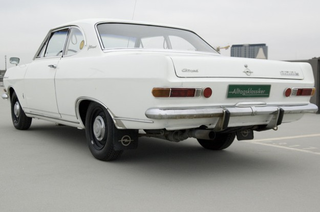 Opel Rekord A 2600 Coupé L6 - 1966 in white - backview left