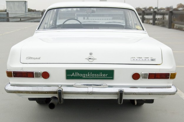 Opel Rekord A 2600 Coupé L6 - 1966 in white - backview