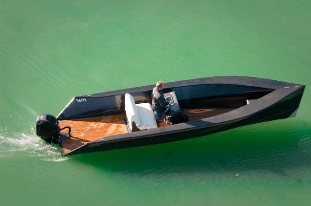 SAY-POWER Yacht, small carbon Tender by Sven Akermann