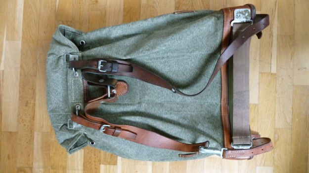 swiss military backpack salt and pepper 1973 back view