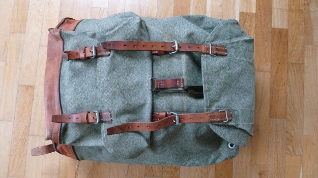 swiss military backpack salt and pepper 1973 full view front