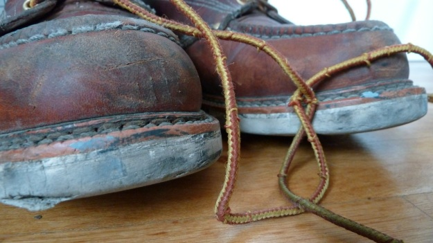 thorogood moc toe boots 3 month rapid vintaged the tips