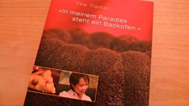 vee´s cafe and cakes - munich - her book about making cakes
