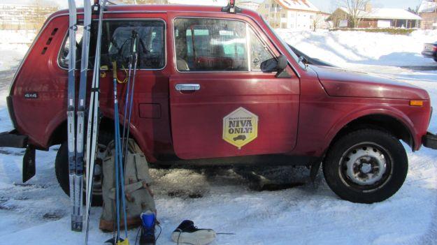 cross country skiing allgaeu hagspiel with lada nina SUV