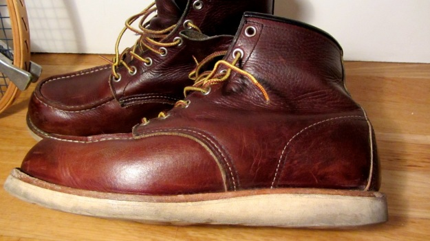 Red Wing boots 8138 moc toe brown used 6 inch Irish setter with sole