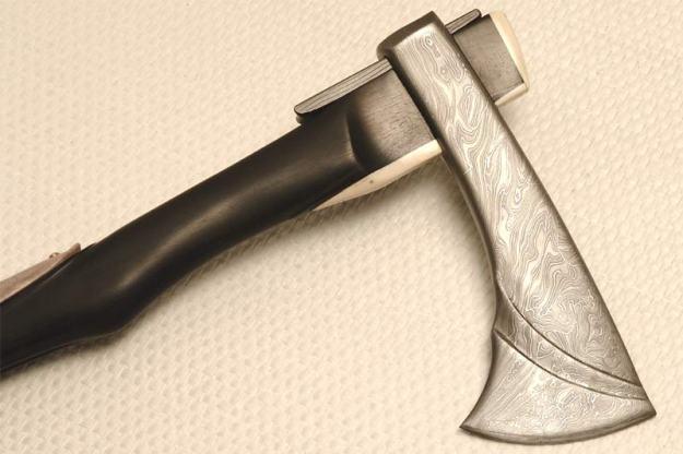 Robert Kaufmann cuttingart damast axe
