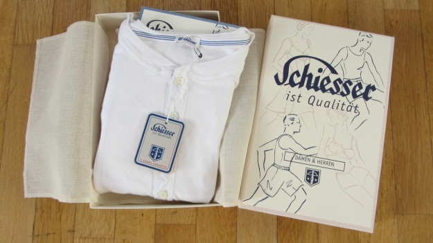 schiesser revival karl heinz white longsleeve packaging