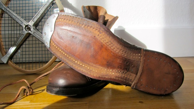vintage swedish boots from 1946 brown soles with wood nails and steel