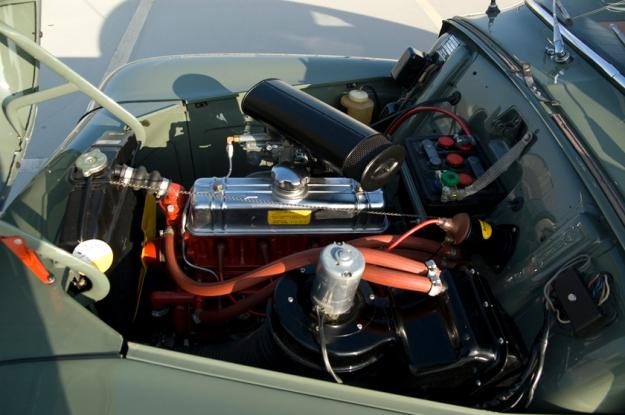 volvo pv544 buckelvolvo for sale engine room