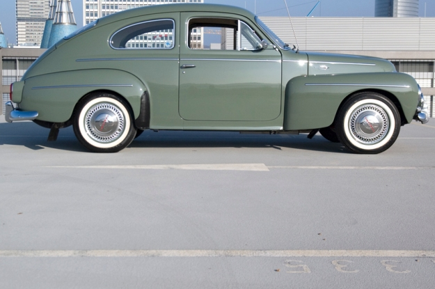 volvo pv544 buckelvolvo for sale side view olive
