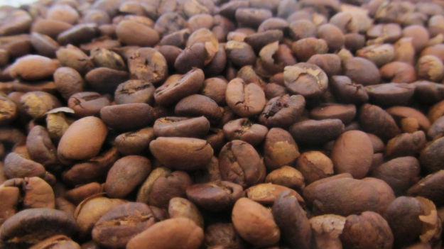 here my fresh home roasted coffee beans