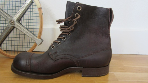 swedish army boots brown from 1943 side view