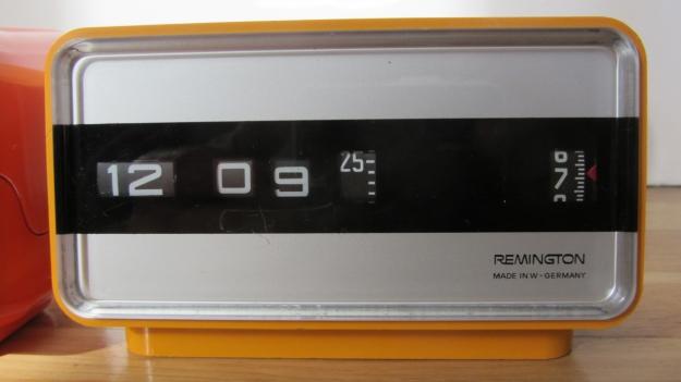 alarm clocks - 5 more minutes ! vintage remington sperry yellow