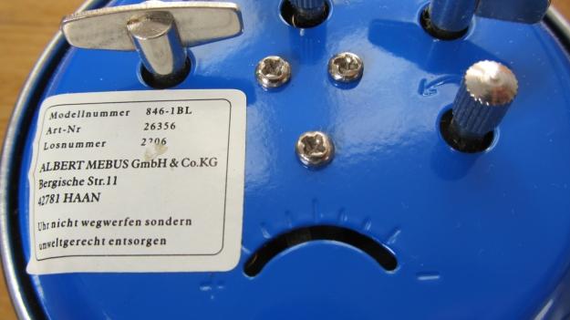 alarm clocks - 5 more minutes ! vintage manual mebus in blue