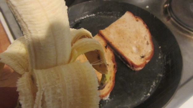 butter roasted bread with nutella and banana - get the banana ready
