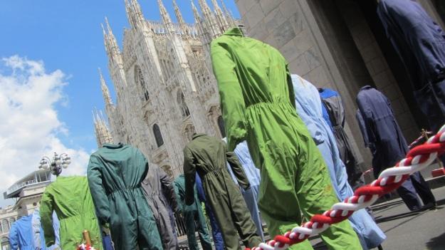 salone 2012 milano duomo installation