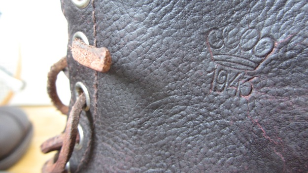 Swedish Army boots from 1943 after the resole - print and cracking leather
