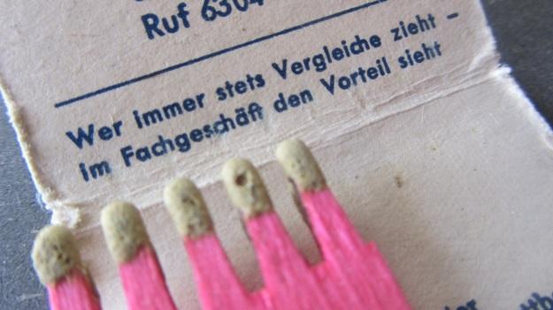 vintage matchsticks german - hast du zündhölzer hast du feuer
