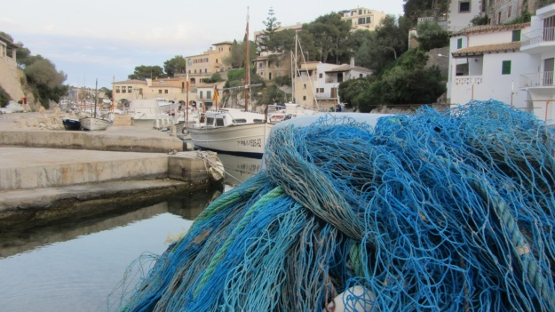 best of mallorca - harbour with fisherman ships and fishingnet