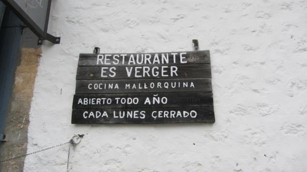 es verger restaurant alaró mallorca sign open times