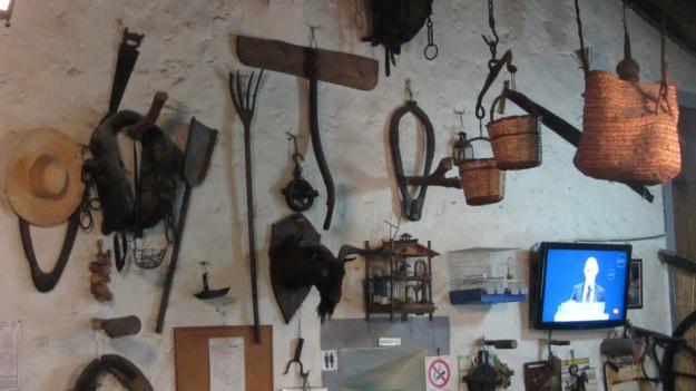 es verger restaurant alaró mallorca wall decoration
