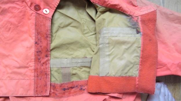 henri lloyd vintage sailing drysuit orange - inside material and velcro