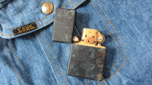 Brass zippo lighter rapidly vintaged by feinschmuck open