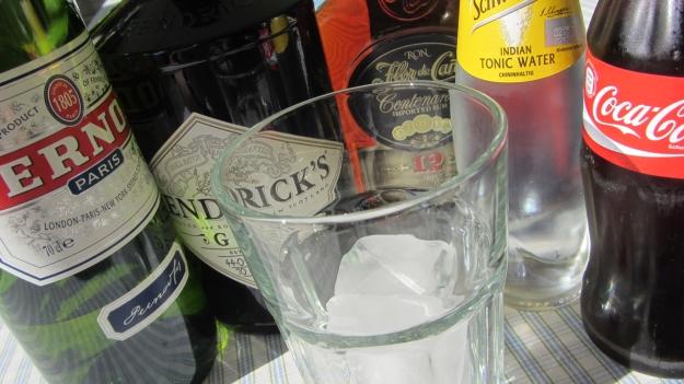 Gin Tonic, Cuba Libre or Pernod ?