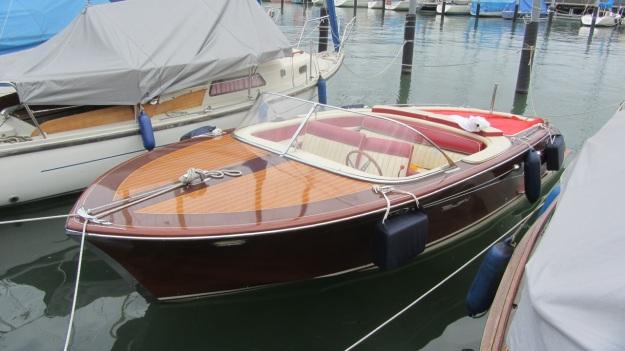Pedrazzini Mahagoni Boat - full view