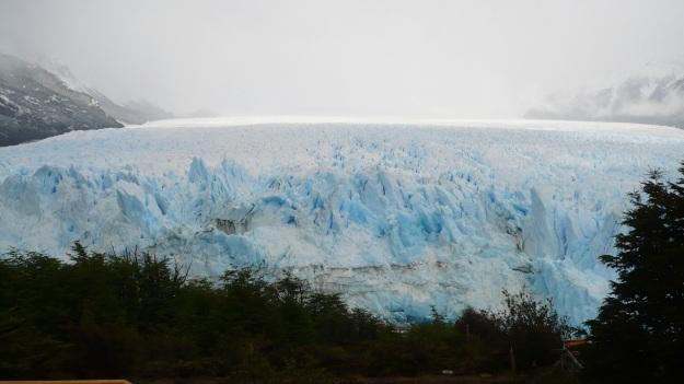 glaciers argentina patagonia petito moreno - ice ice baby3