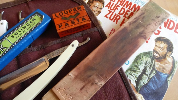 straight razor stromp - leather side a bit fucked up
