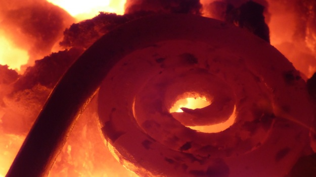 Learn to forge with mastersmith Tom Carstens - circling the iron hot