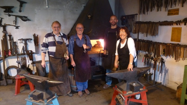 Learn to forge with mastersmith Tom Carstens - see us all