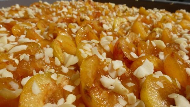 Sunday cake - Mirabellenkuchen mit Schlagsahne before the baking