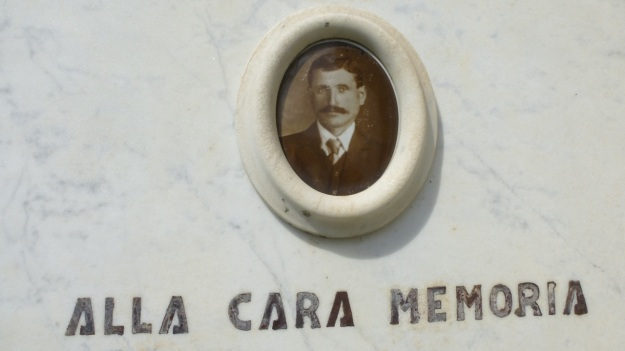 Valle Maira - Cemetery images of the loved ones