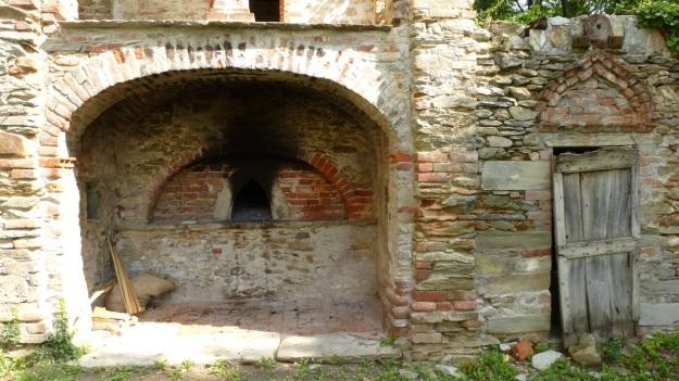 San Constanzo al Monte baking oven Valle Maira