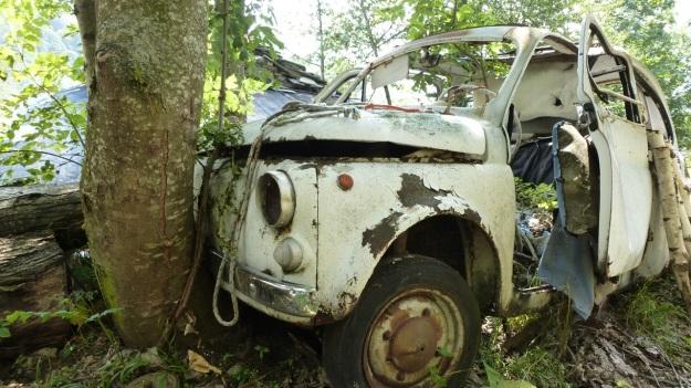 Valle Maira, Maira Tal, Maira Valley abandoned Fiat 500