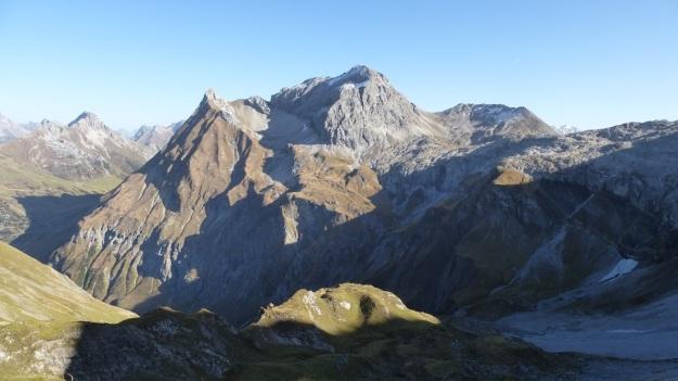 Biberacher Hütte - Schröcken hiking trekking view montains panorama