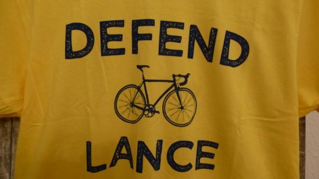 Defend Lance Armstrong - Pedal Pushers T-Shirt yellow tour de france